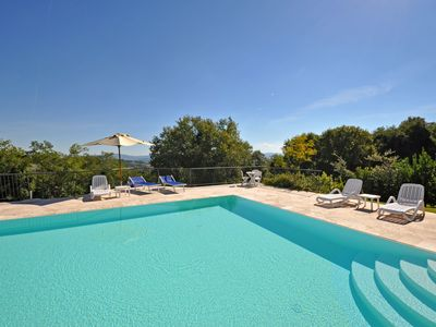 Photo for Cosy apartment with WIFI, pool, TV, pets allowed, panoramic view and parking, close to San Gimig...