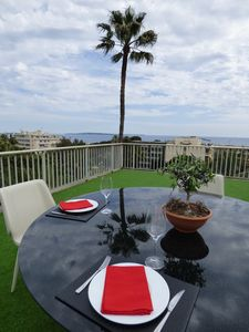 Photo for NEW / 4 PIECES DESIGN CANNES / SEA VIEW / ROOF TERRACE 100 m2 / BEACH / CLIM