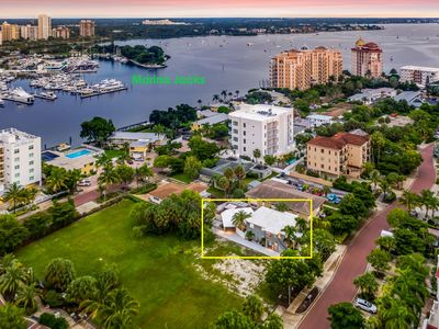 Photo for Lido Beach/ St Armand's Circle w/HOT TUB Lux Downtown Sarasota Private Cottages
