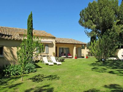 Photo for Vacation home Ferienhaus mit Pool (SST115) in Saint Saturnin les Avignon - 6 persons, 3 bedrooms