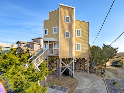 Photo for Sandcastle II - Gorgeous 4 Bedroom Oceanfront Home in Waves