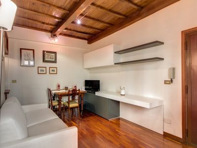 Photo for Apartment in the center of Rome with Internet, Air conditioning (18081)