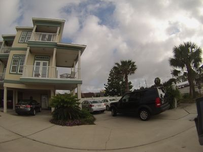 Ground view of Anchors Away Beach House.