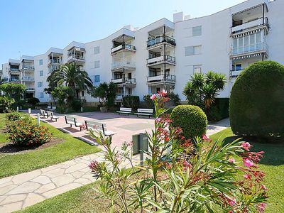 Photo for Apartment Sicilia in Salou - 5 persons, 3 bedrooms