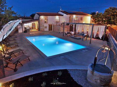 Photo for Charming villa with pool near Kanfanar