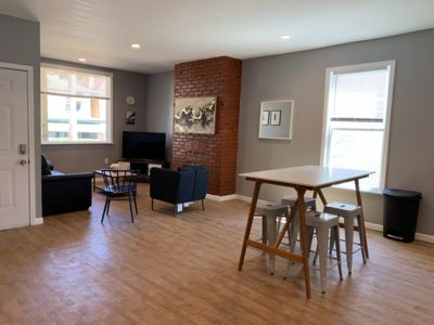 Photo for New 2 Bed 2Bath Spacious Apartment w/Parking