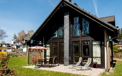 Photo for Holiday homes at the lake, holiday home for 4 people in the immediate lake