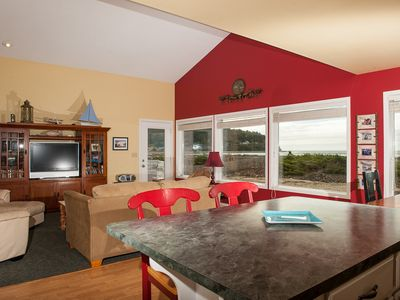 Photo for Oceanfront home in Seaside, Oregon with direct beach access from the deck!