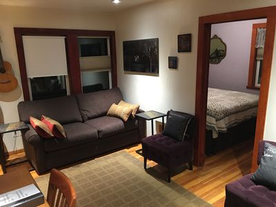 Super Comfy Couches sleeps 4 super comfy, stocked fully, 5 pi - vrbo