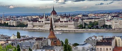 Photo for Parliament center Budapest 55m2, WIFI, 5 pers, 1 bedroom, 1salon, two toilets,