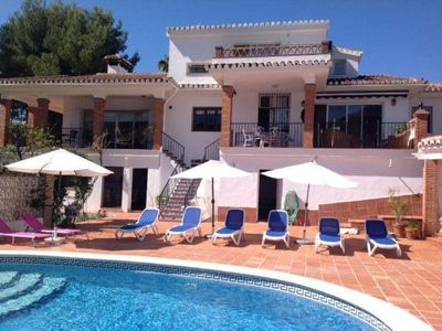 Photo for Luxury Five Bed, Five Bath Villa with Panoramic Mountain & Sea Views, Air Con