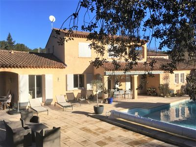 Photo for Provencal villa with swimming pool, renovated, 10 minutes from Aix en Provence
