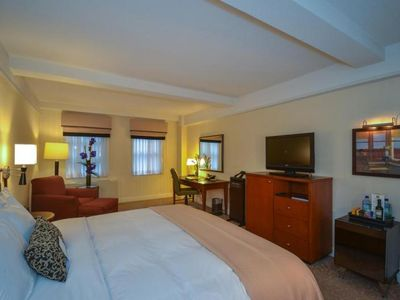Photo for ULTIMATE NYC ESCAPE, COMFY KING UNIT FOR 2