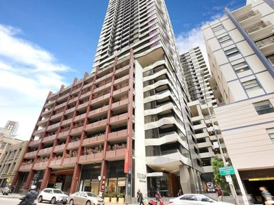 Photo for Amazing 3 bedroom CBD Apartment close to it all!