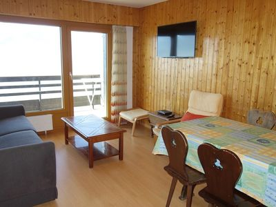 Photo for 1-bedroom apartment, 2* for 4-6 people in the centre of the resort at about 250m from the gondola. B