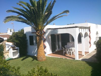 Photo for Villa 4 pax with garden and pool near the coves