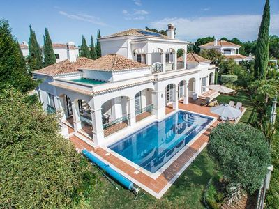 Photo for Almancil Villa, Sleeps 8 with Pool, Air Con and WiFi