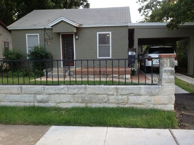 Photo for LOCATION! LOCATION! LOCATION! Walk to Rainey St., 6th St and much more!