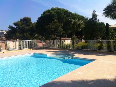 Photo for Giens house with 2 terraces and garden 5 minutes from the beach of the almanarre.