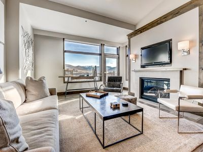 Photo for Luxurious Private Apartment, with Gondola Access and World-class Amenities