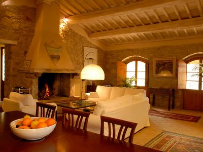 Photo for Luxury villa with pool, tennis court, in idyllic Umbrian countryside. Sleeps 8.