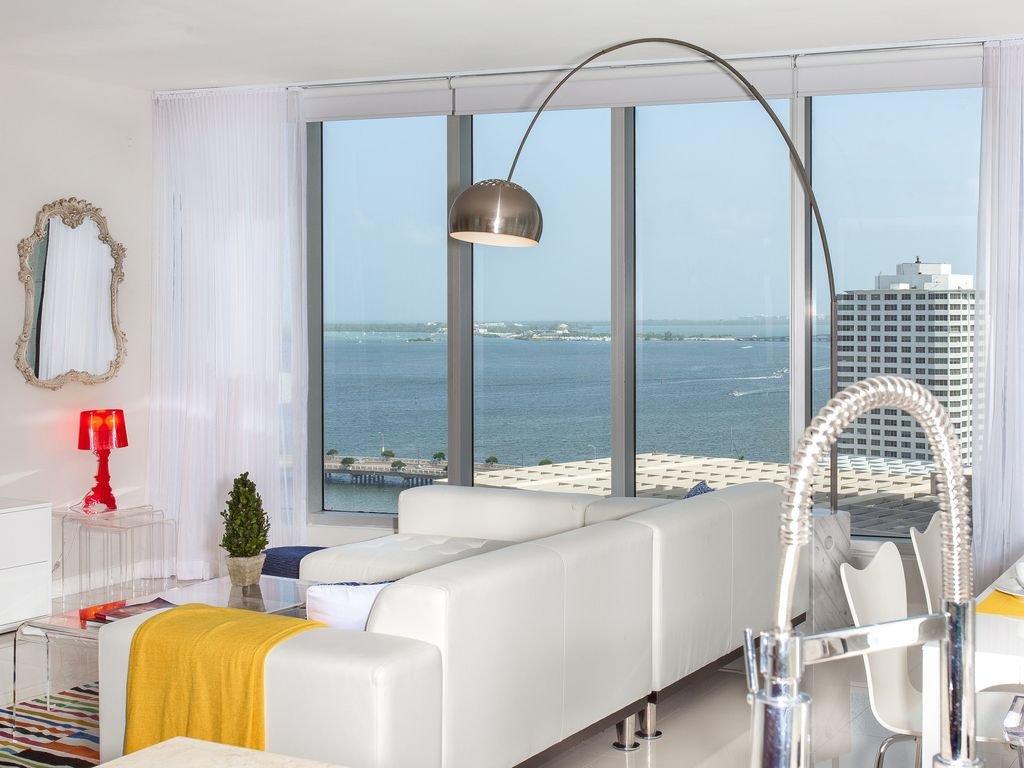 OVERLOOKING THE OCEAN, W RESIDENCES, ICON B... - VRBO