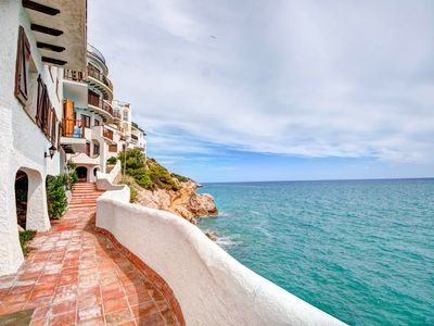 Photo for The Magic Sea Front - One Bedroom Apartment, Sleeps 4