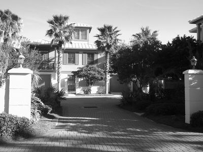 Photo for Oceanside location south of 30A/ Between Rosemary and Alys Beach with garage