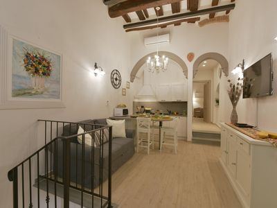 Photo for Vigna Vecchia apartment in Duomo with WiFi, integrated air conditioning & private terrace.
