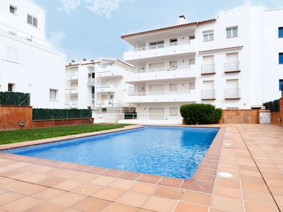 Photo for Apartment with comunity pool