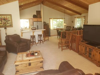 Photo for Cozy 3 Bedroom/2Baths with partial Lake View