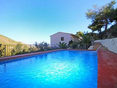 Photo for 5 bedroom Villa, sleeps 11 in la Canuta with Pool, Air Con and WiFi