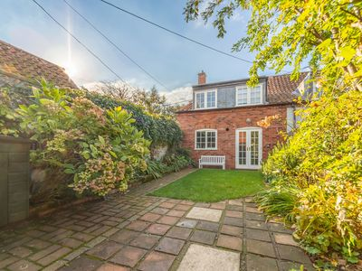 Photo for A characterful 300-year-old end of terrace cottage in a super secluded location.