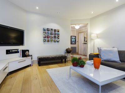 Photo for UP TO 20% OFF - A stylish 3 bed apartment in the heart of Central London (Veeve)