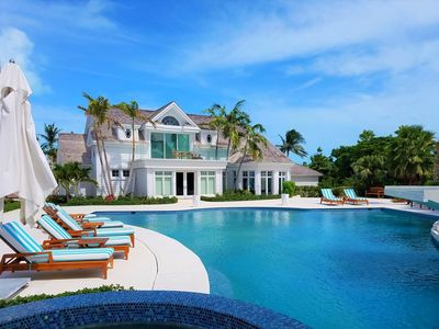 Six bedroom Villa - Upper Grace Bay