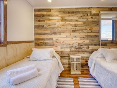 Photo for Unique cabin near Puerto Natales w/private hot tub & valley views!