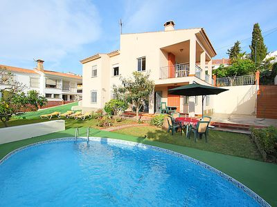 Photo for 5 bedroom Villa, sleeps 12 in Chilches with Pool, Air Con and WiFi