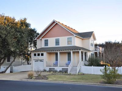 Photo for Sea Note: Pet friendly, comfortable 4 bedroom home in the Currituck Club.