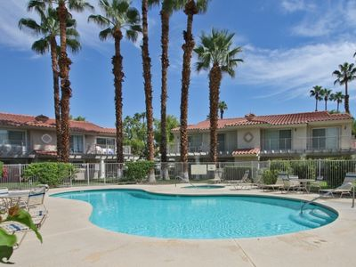 Photo for Mesquite Bungalow: 1 BR / 1 BA condo in Palm Springs, Sleeps 2