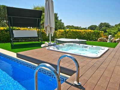 Photo for Vila Boutique, in front of the sea with heated jacuzzi and cinema room