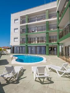 Photo for Bright apartment in Lloret of 6 Pers 2 bedrooms with A / C and pool.