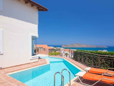 Photo for Lofos Maisonette - perfect for couples! Private pool, Wi-fi, air-con & sea views
