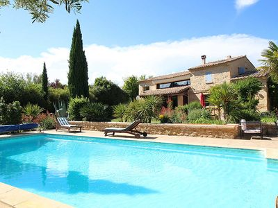 Photo for Superb villa in Castillon-du-Gard, pool house and private pool
