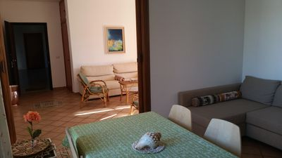 Photo for Strategically located flat (98 M²): free WiFi, Garage (2 cars), Terrace, Garden