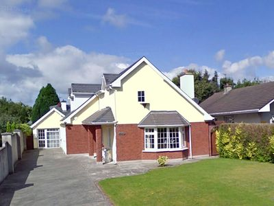 Photo for Detached dormer bungalow in residential area about ½ mile from the centre of the attractive to…