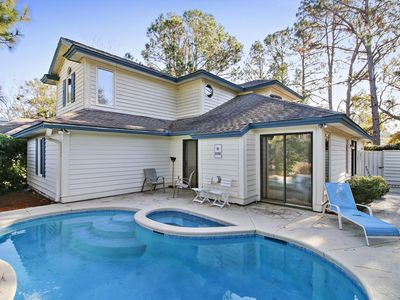 Photo for 4 bedroom, 2.5 bathrooms home on the 7th green of the Golf Course in Palmetto Du