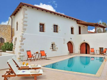 Search 875 holiday rentals