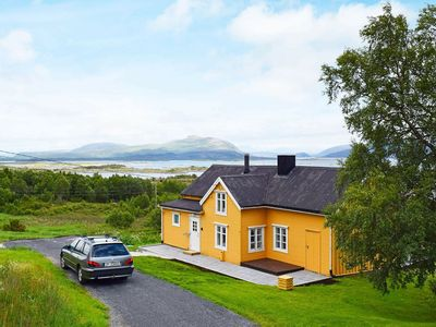 Photo for 5 person holiday home in Skutvik