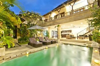Photo for Villa Nakula - Near Seminyak Square