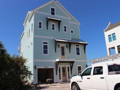 Photo for Seahorse! Beachfront - NEW Construction, - Pool* with barstools - Spacious decks